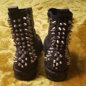 Japanese Brand Boots on Poshmark 8ba0ddc987